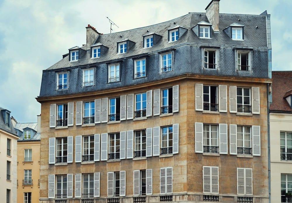 Paris mayor calls for romantic attics to be put on for Chambre de bonne paris rent