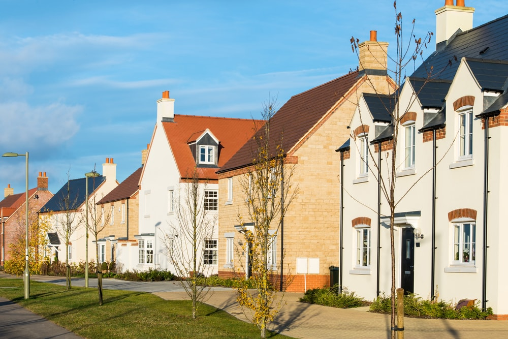 Outlook for property prices turned negative again in July